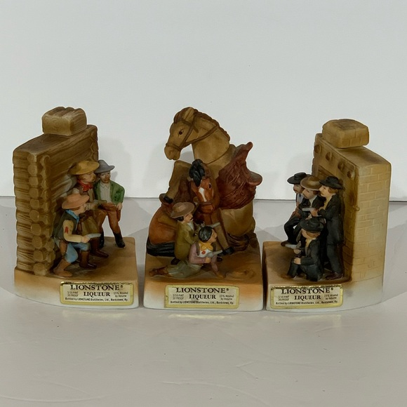 Lionstone Shoot Out at OK Corral 3 Pc Decanter Set